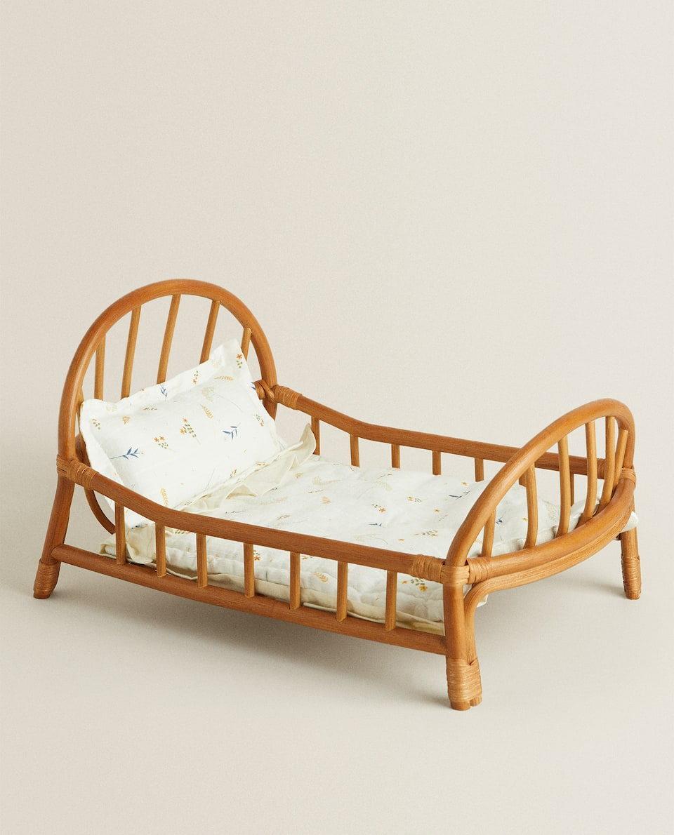 TOY COT