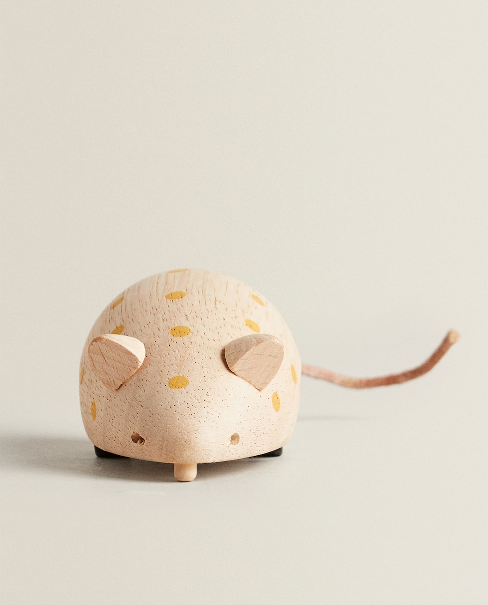 WOODEN TOY MOUSE