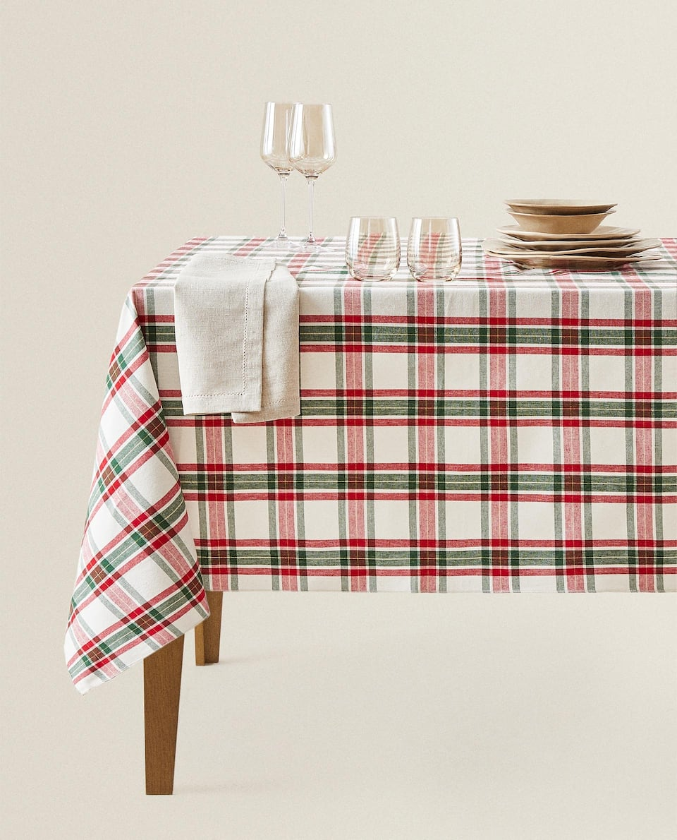 METALLIC THREAD CHECK TABLECLOTH