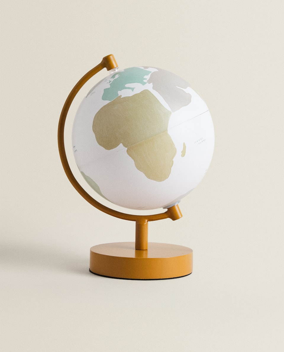 WORLD MAP LAMP