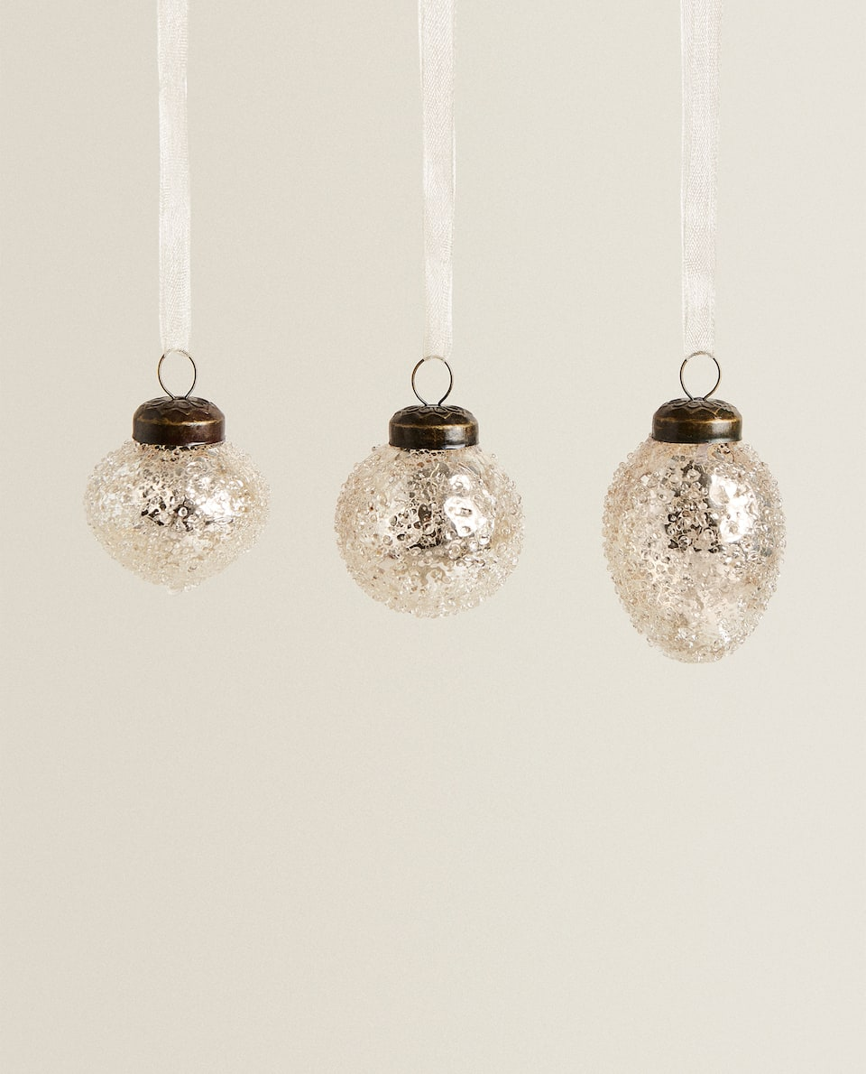 GLASS BAUBLE WITH RELIEF (PACK OF 3)
