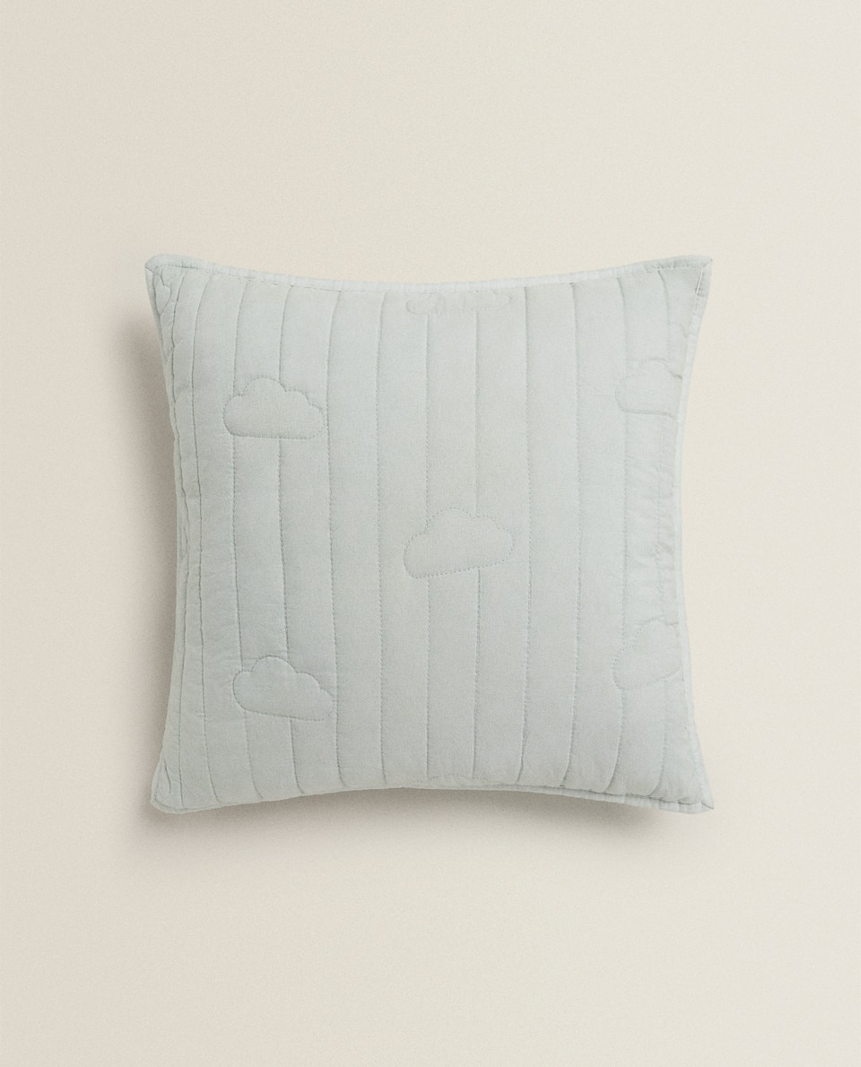 CLOUD PATTERN CUSHION COVER