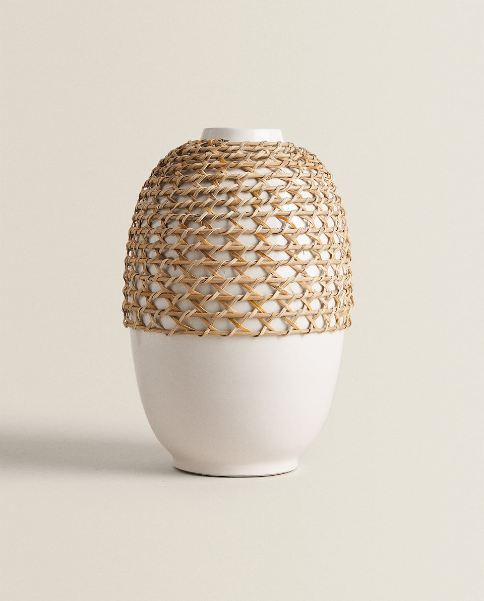 VASE WITH JUTE DETAIL