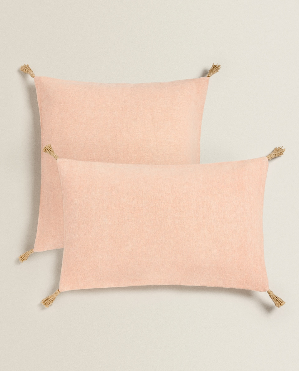 LINEN PILLOW COVER WITH TASSELS