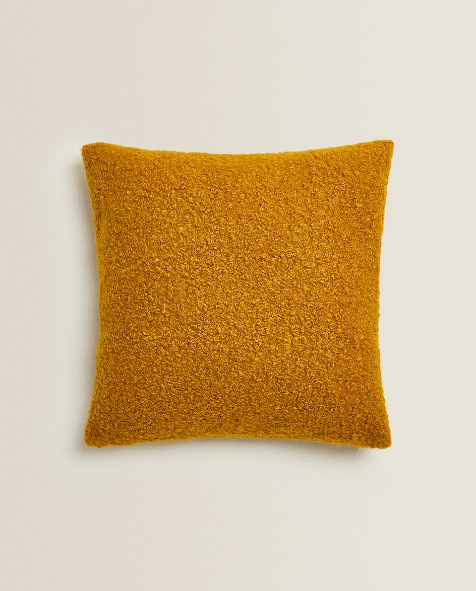 BOUCLÉ CUSHION COVER