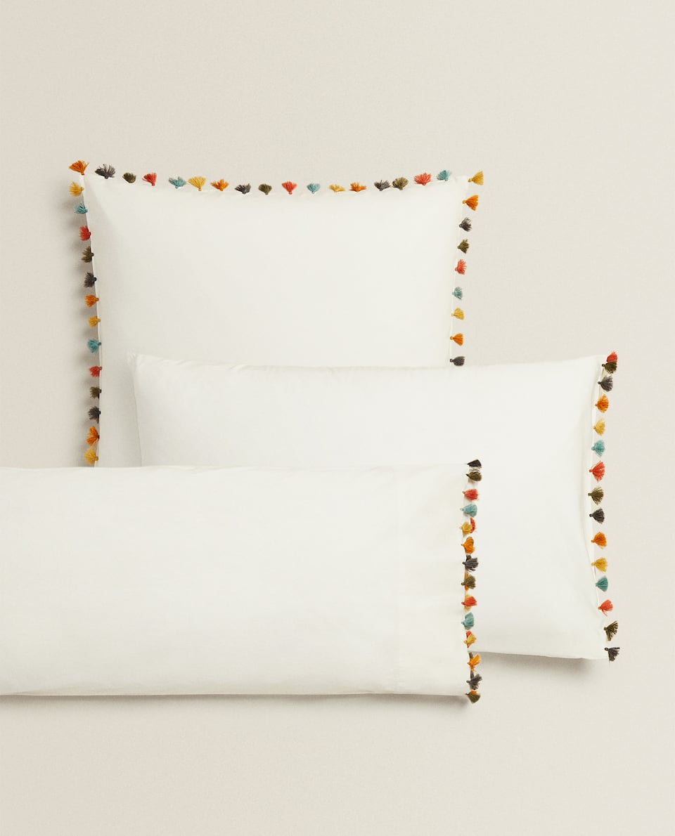TASSEL PILLOWCASE