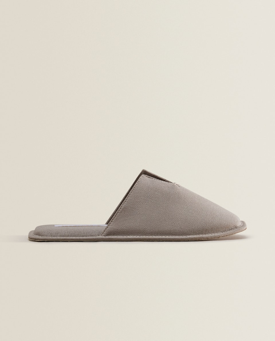 WARM GREY LINEN SLIPPERS