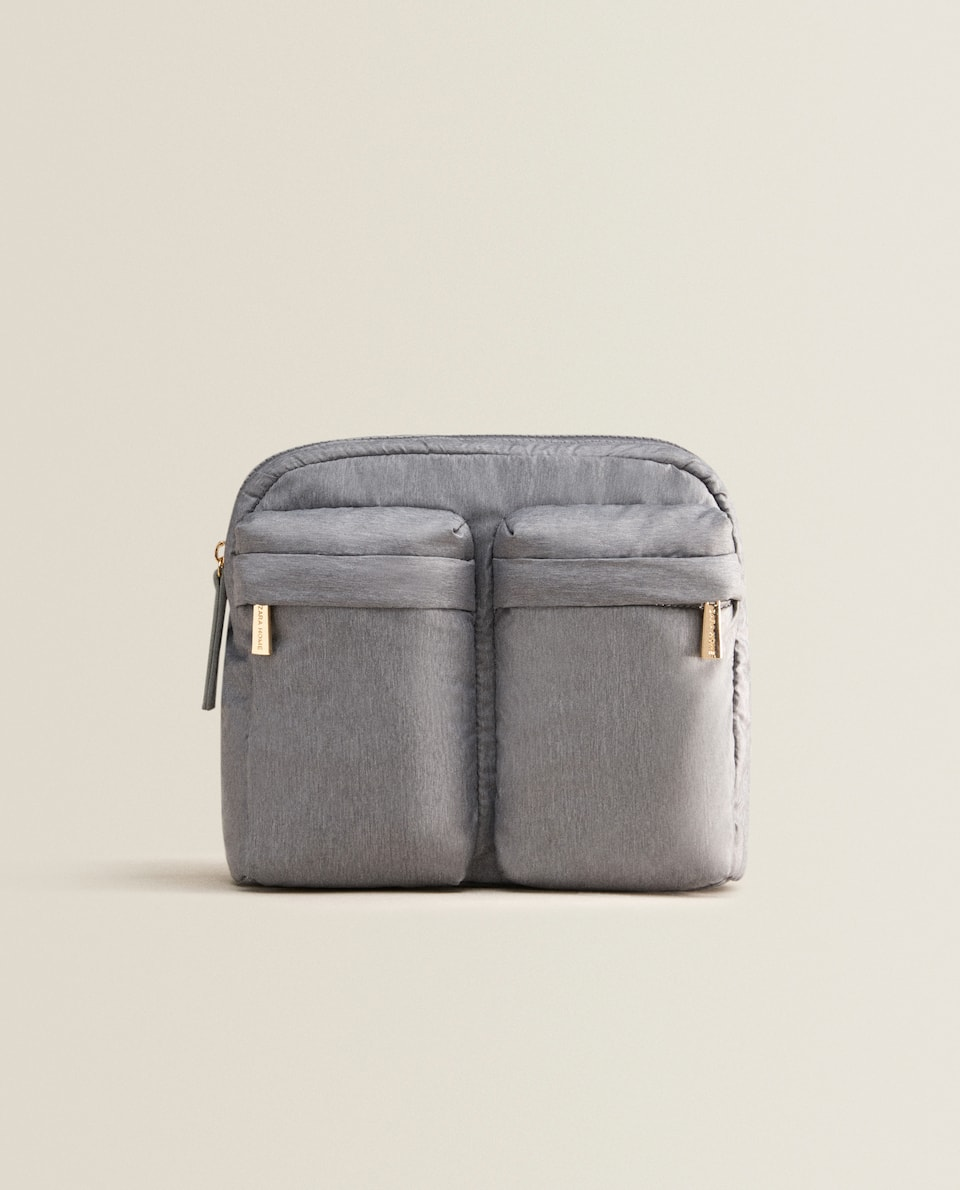 TRIPLE COMPARTMENT TOILETRY BAG