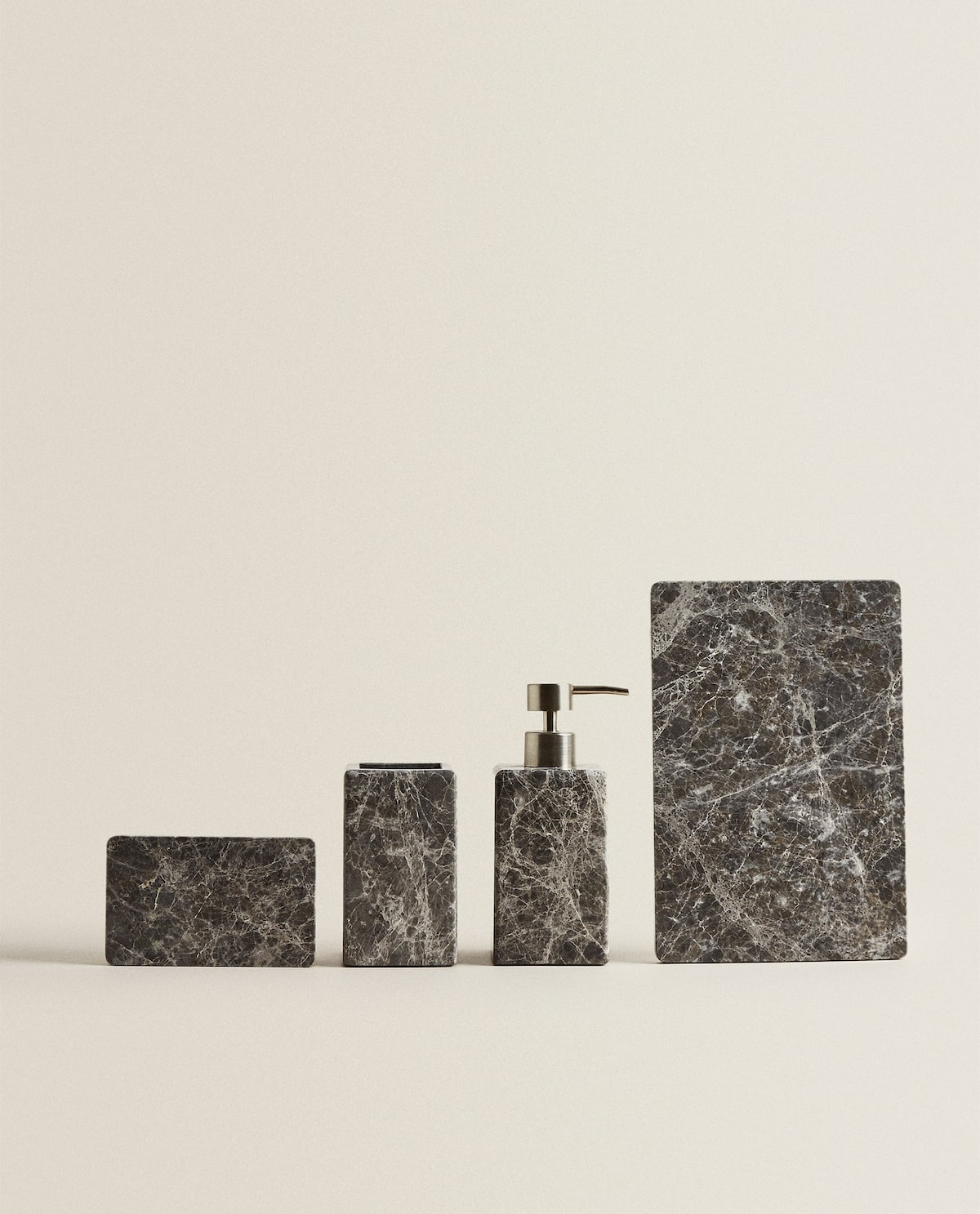 MARBLE BATHROOM SET