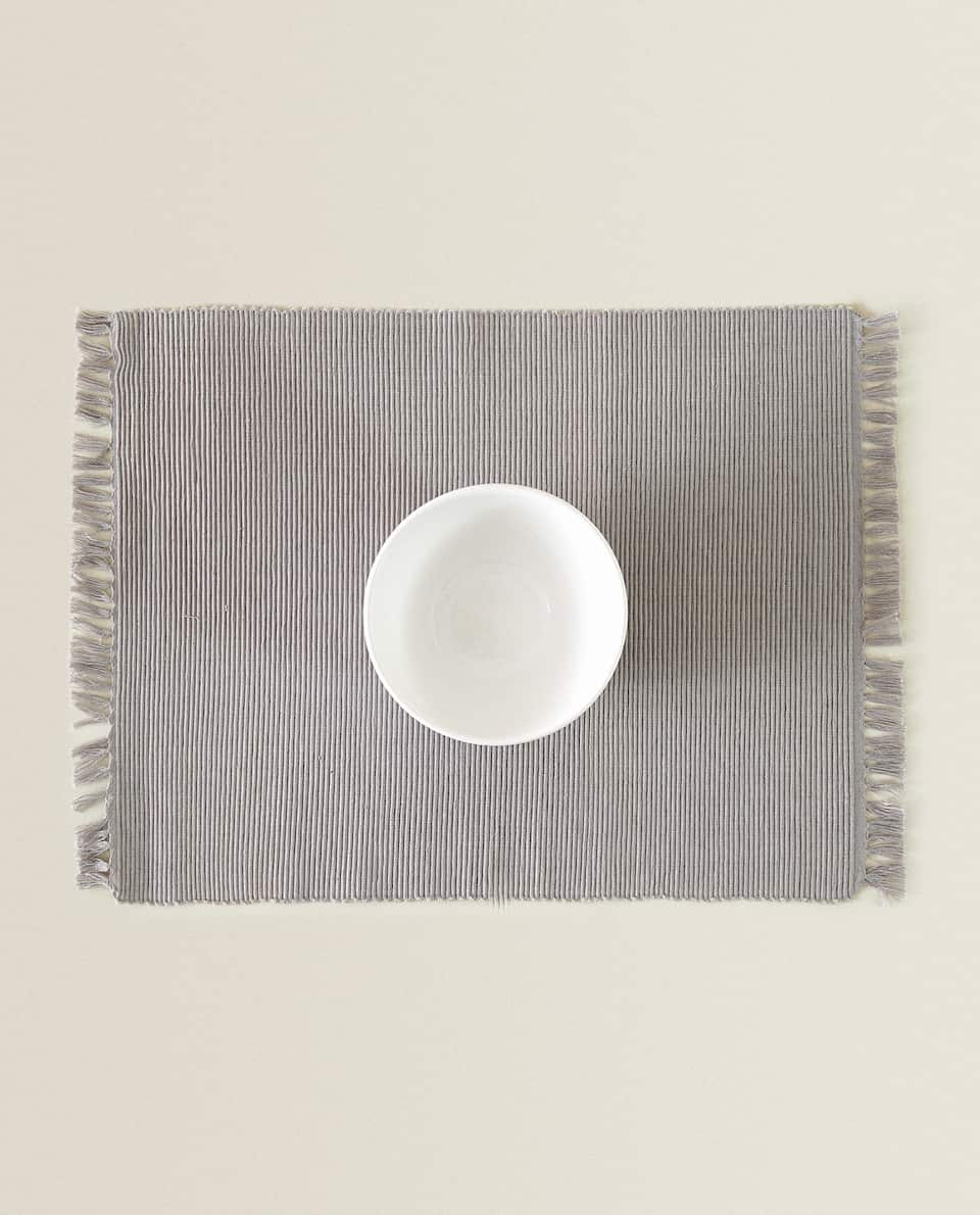 BASIC RIBBED PLACEMAT (SET OF 2)
