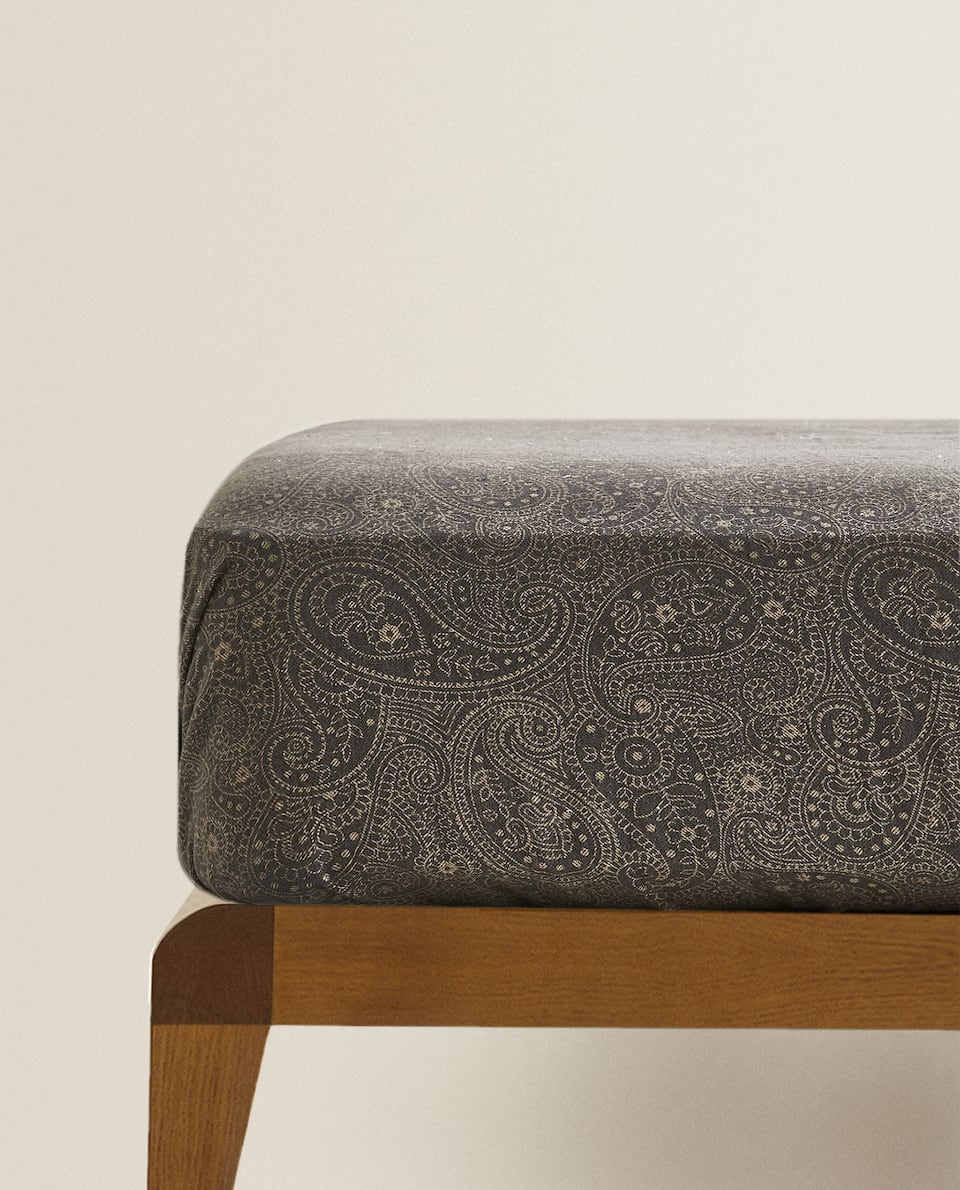 PAISLEY PRINT FLANNEL FITTED SHEET
