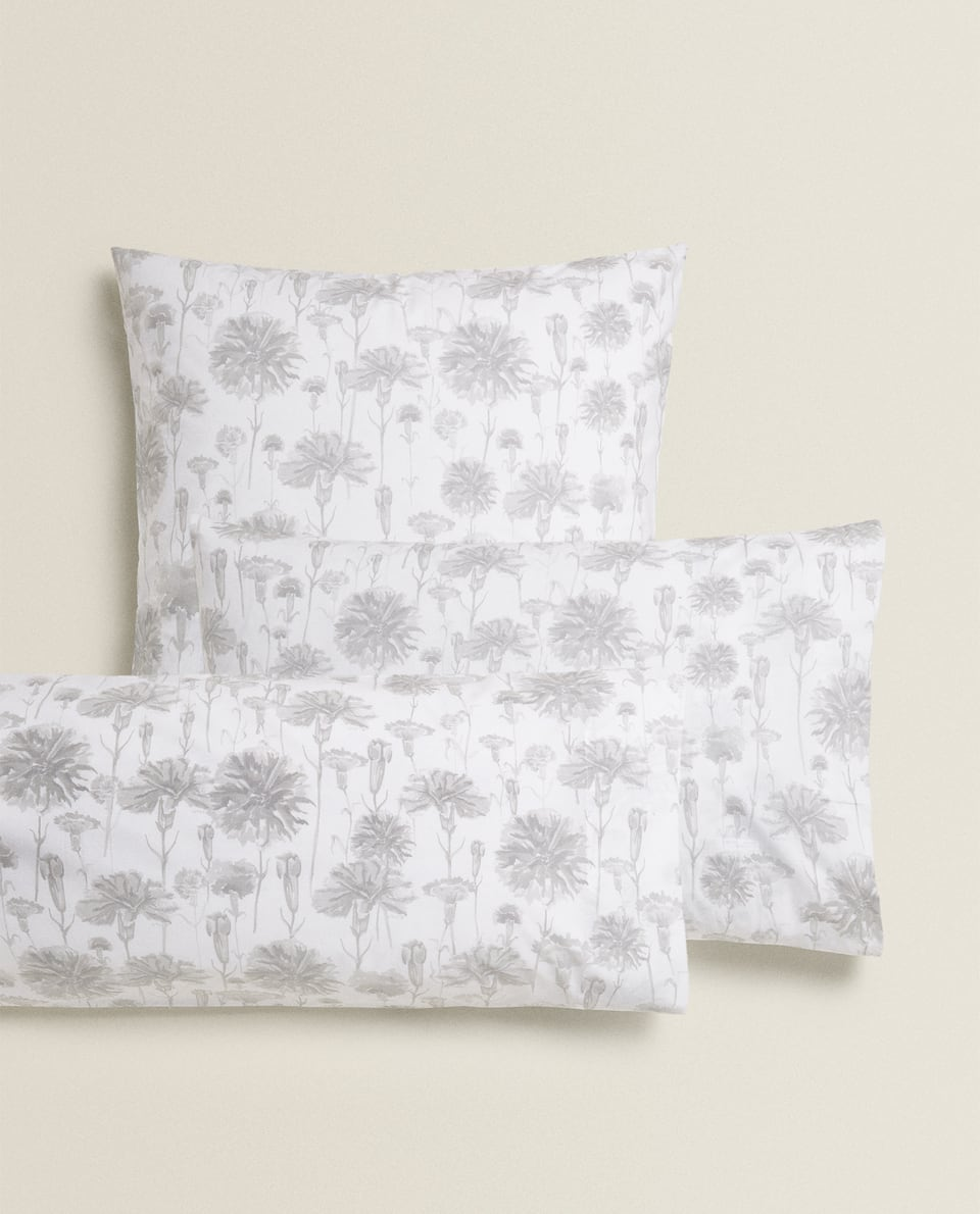 CARNATION PRINT PILLOWCASE