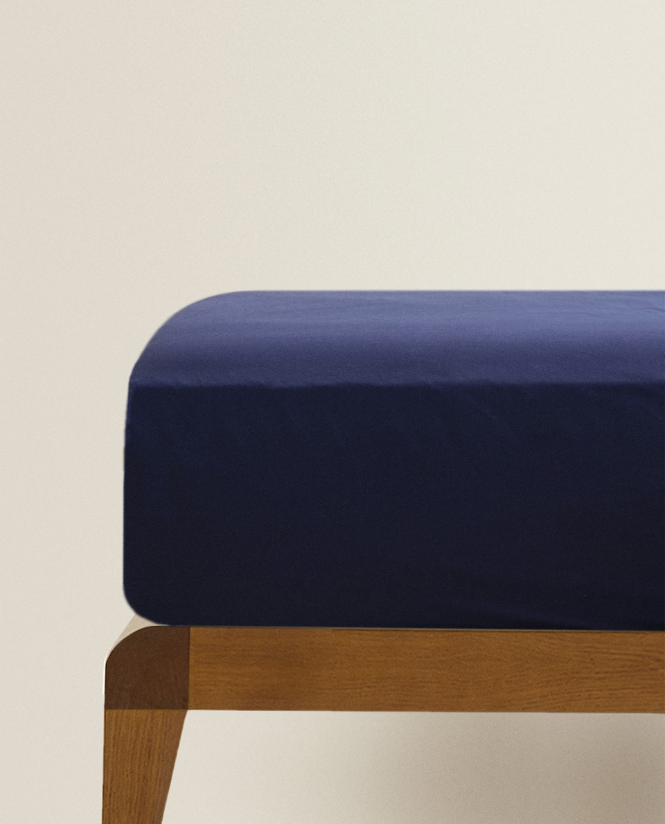 COTTON PERCALE FITTED SHEET (UP TO 30 CM THICK)