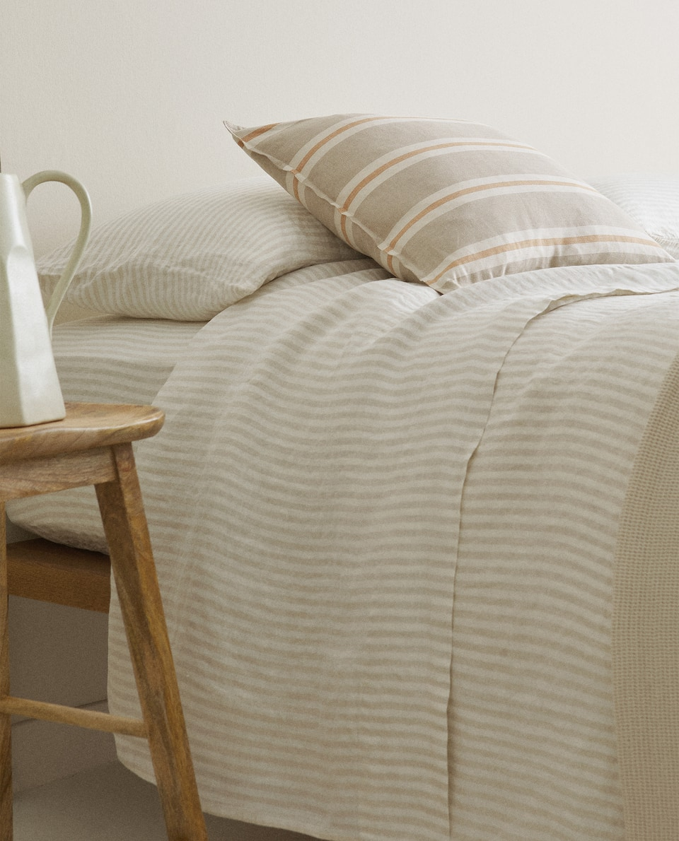 STRIPED LINEN DUVET COVER WITH WASHED EFFECT