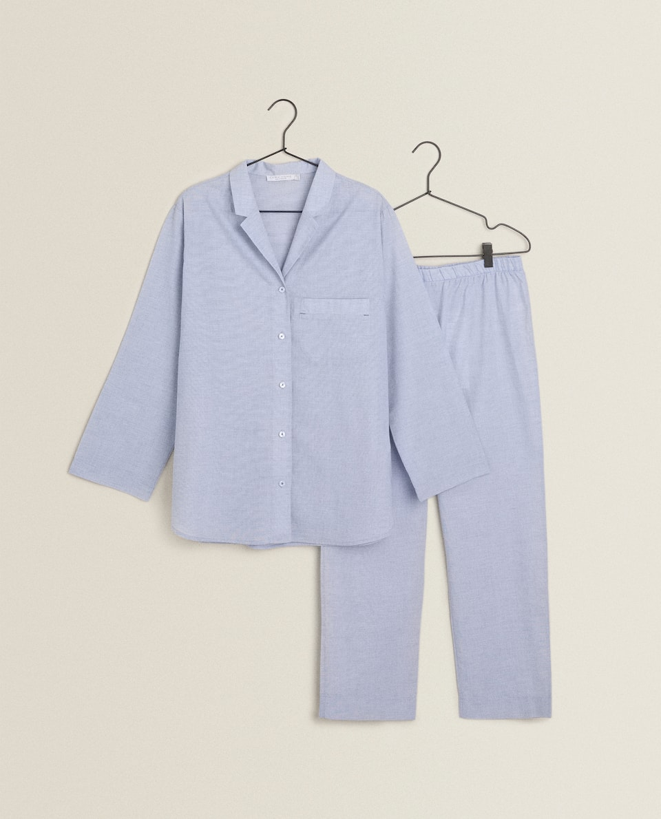 PLAIN PYJAMAS WITH BUTTONS