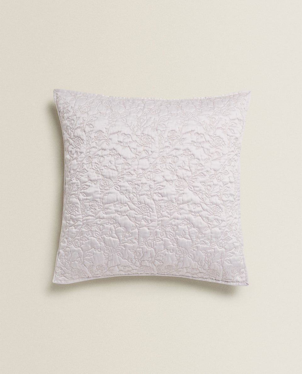 THROW PILLOW WITH FLORAL EMBROIDERY