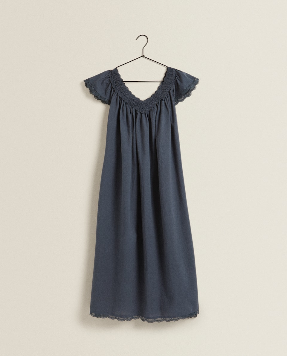 EMBROIDERED NECKLINE NIGHTDRESS