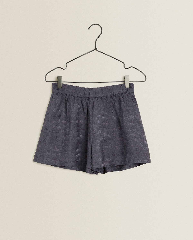 Jacquard Leaf Shorts  Woman   Clothing   Loungewear   Bedroom by Zara Home
