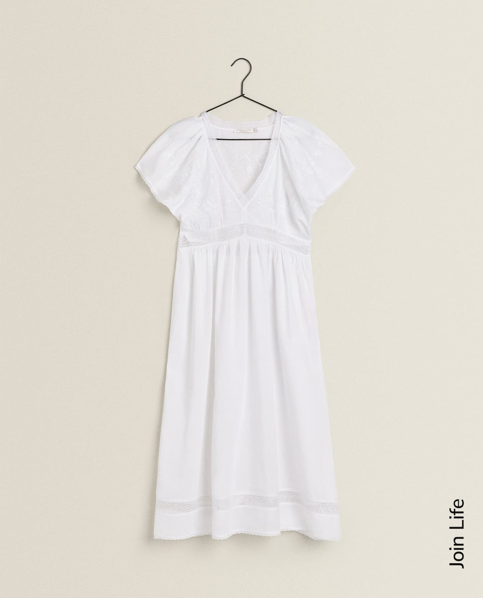 EMBROIDERED WHITE NIGHTDRESS