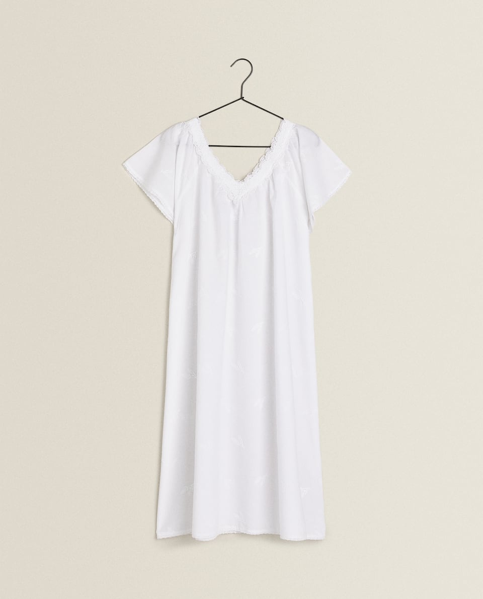 LAVENDER EMBROIDERY NIGHTDRESS