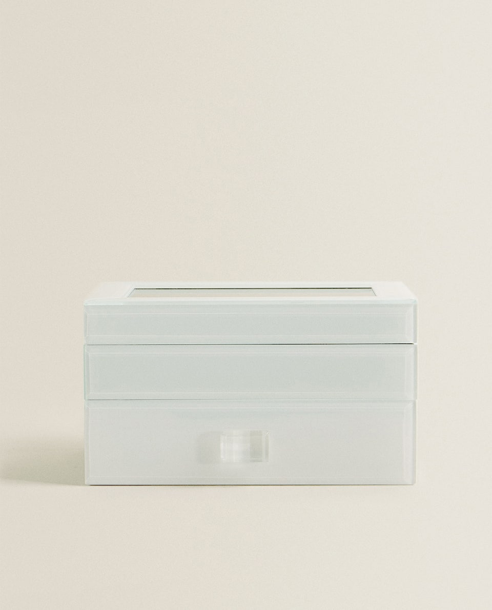 WHITE JEWELLERY BOX