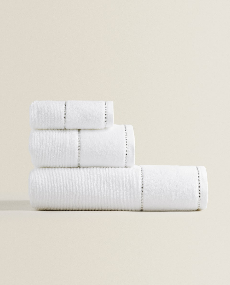SERVIETTE DE BAIN COTON SOFT MOTIFS BRILLANTS