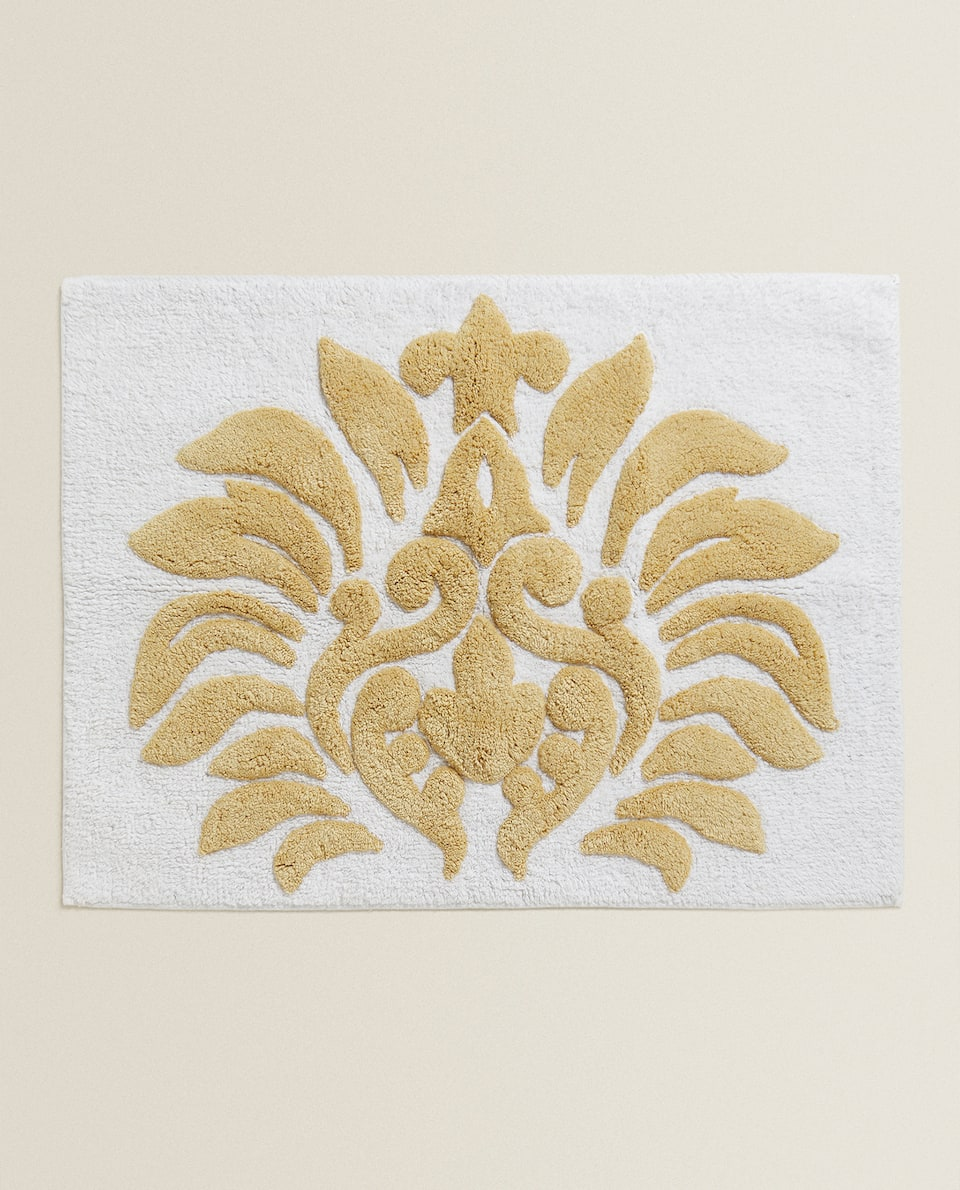 RAISED MOTIF BATH MAT