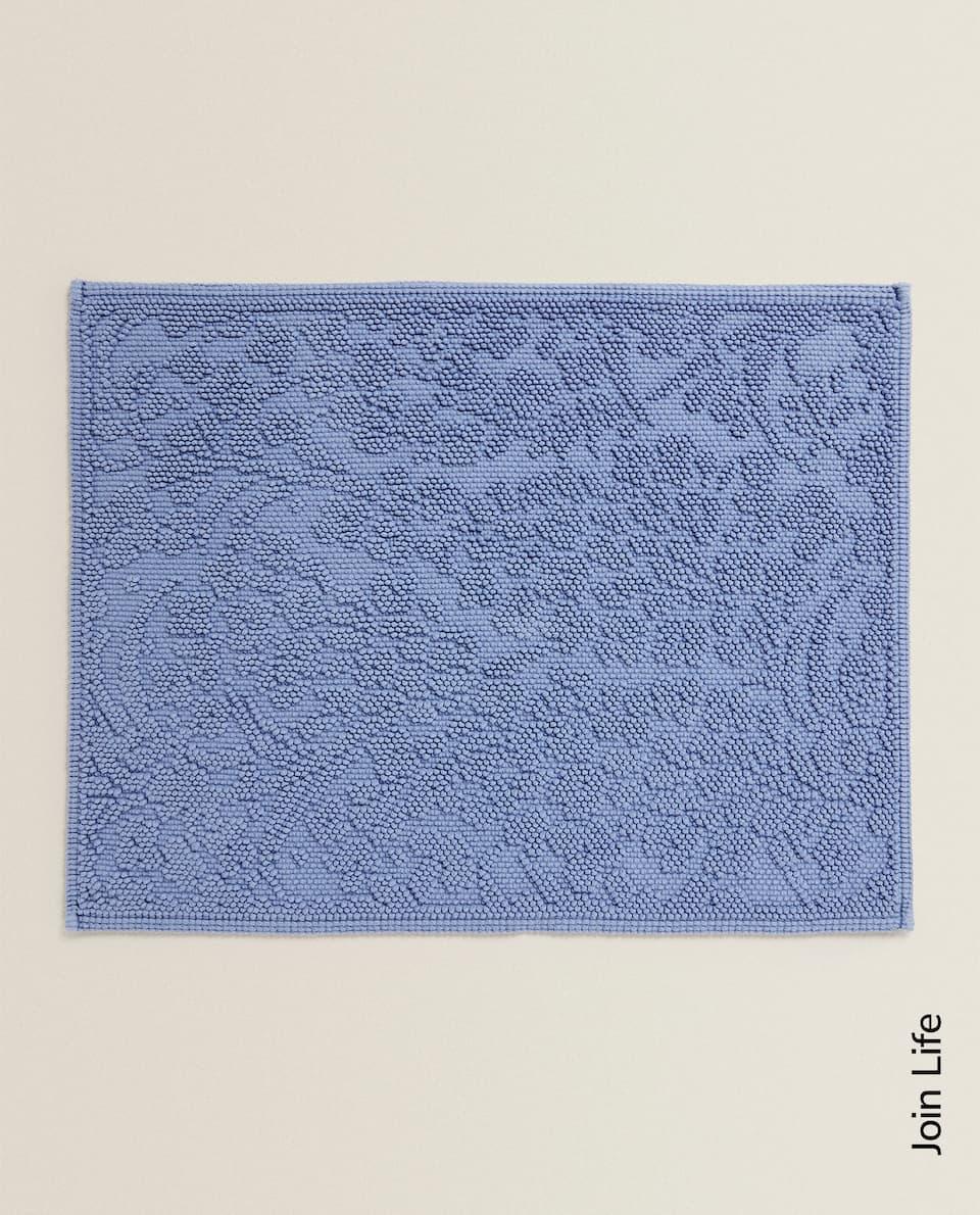 سجادة حمام مع تصميم أزهار ناتئ