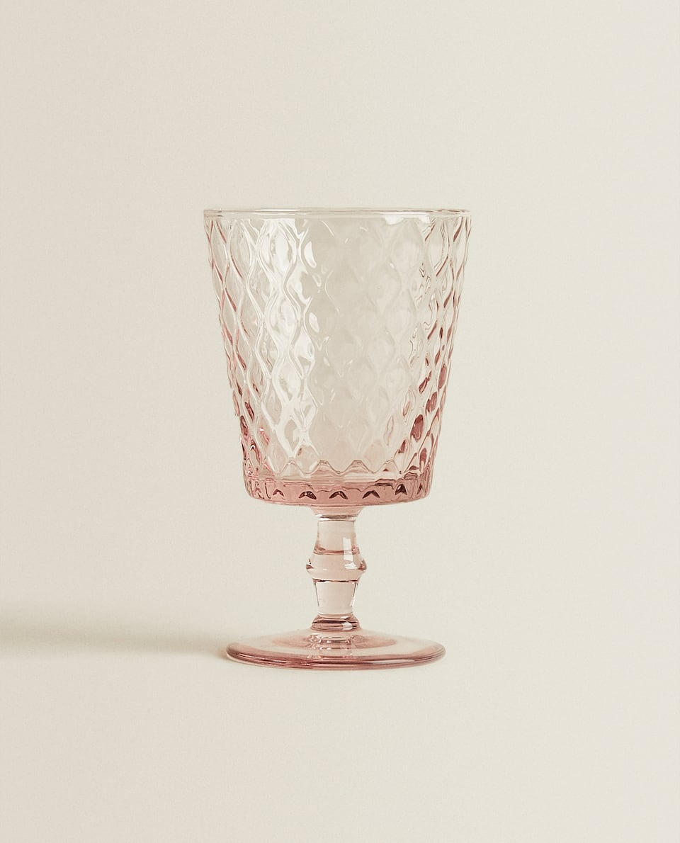 HONEYCOMB-EFFECT WINE GLASS