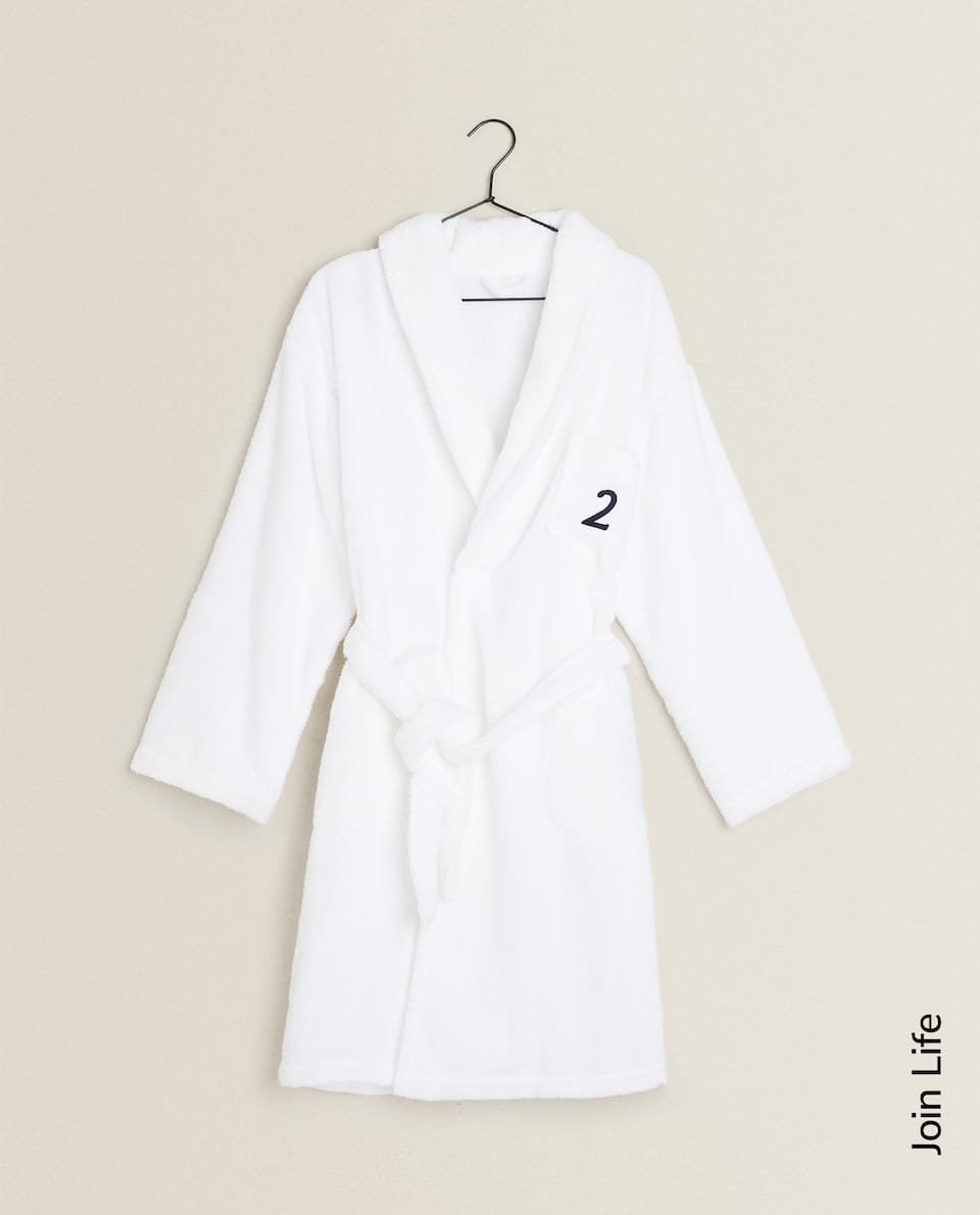 NUMBER 2 ECOLOGICALLY GROWN COTTON BATHROBE