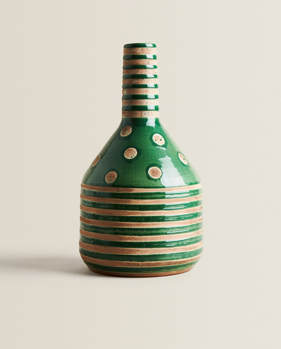 GREEN DECORATIVE VASE