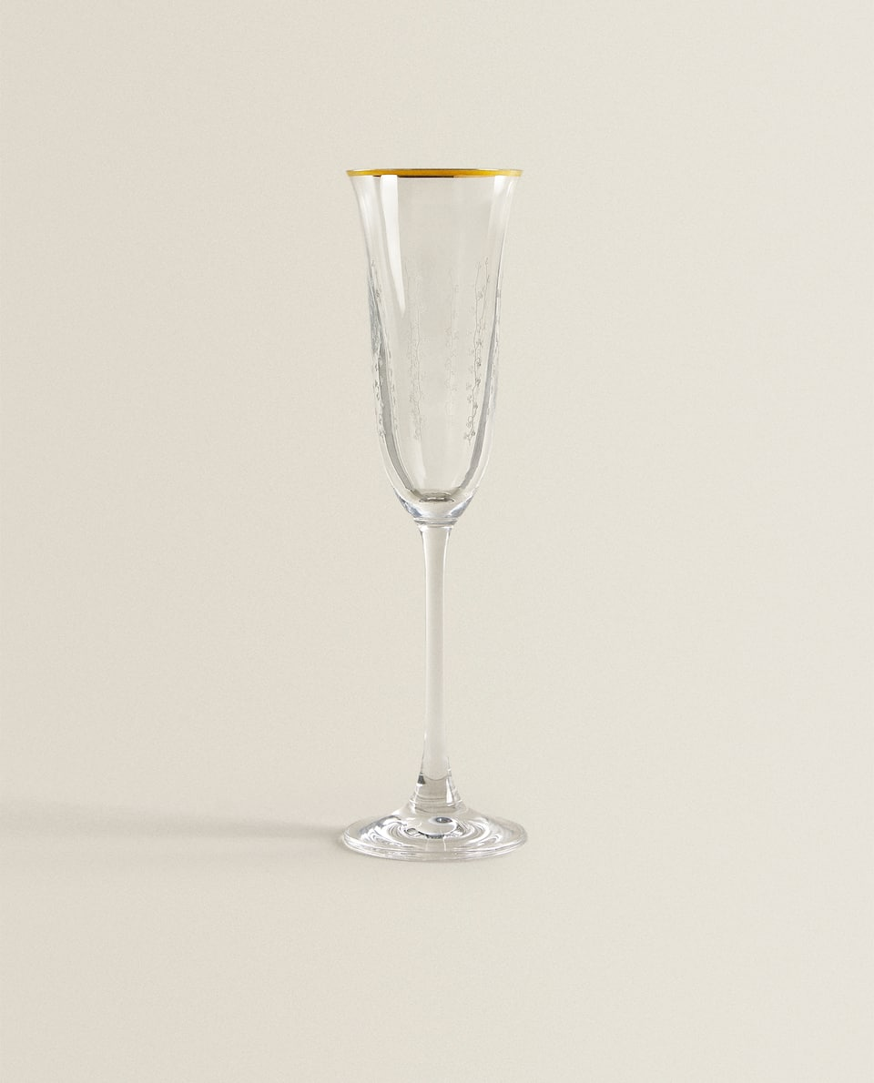 GOLD RIM CRYSTALLINE WINE GLASS