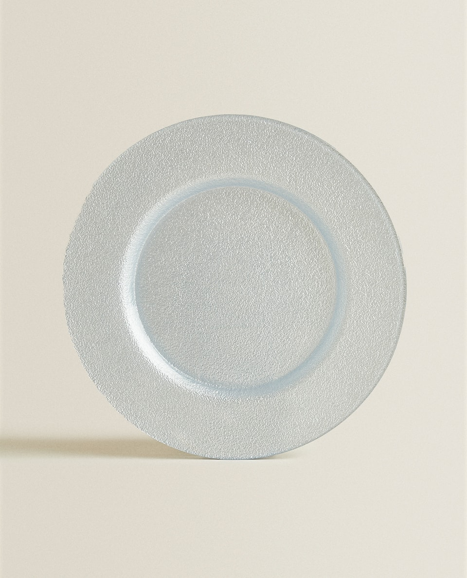 ROUGH-TEXTURED SERVICE PLATE