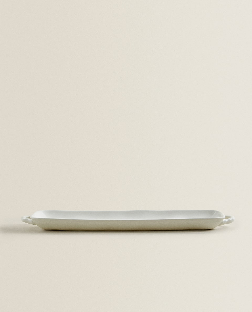 PORCELAIN SERVING DISH WITH RAW SHAPE