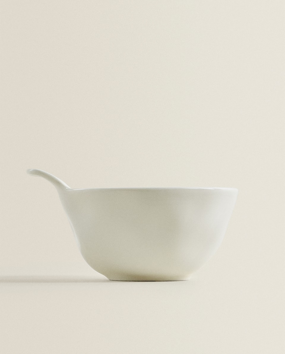 PORCELAIN BOWL WITH RAW SHAPE