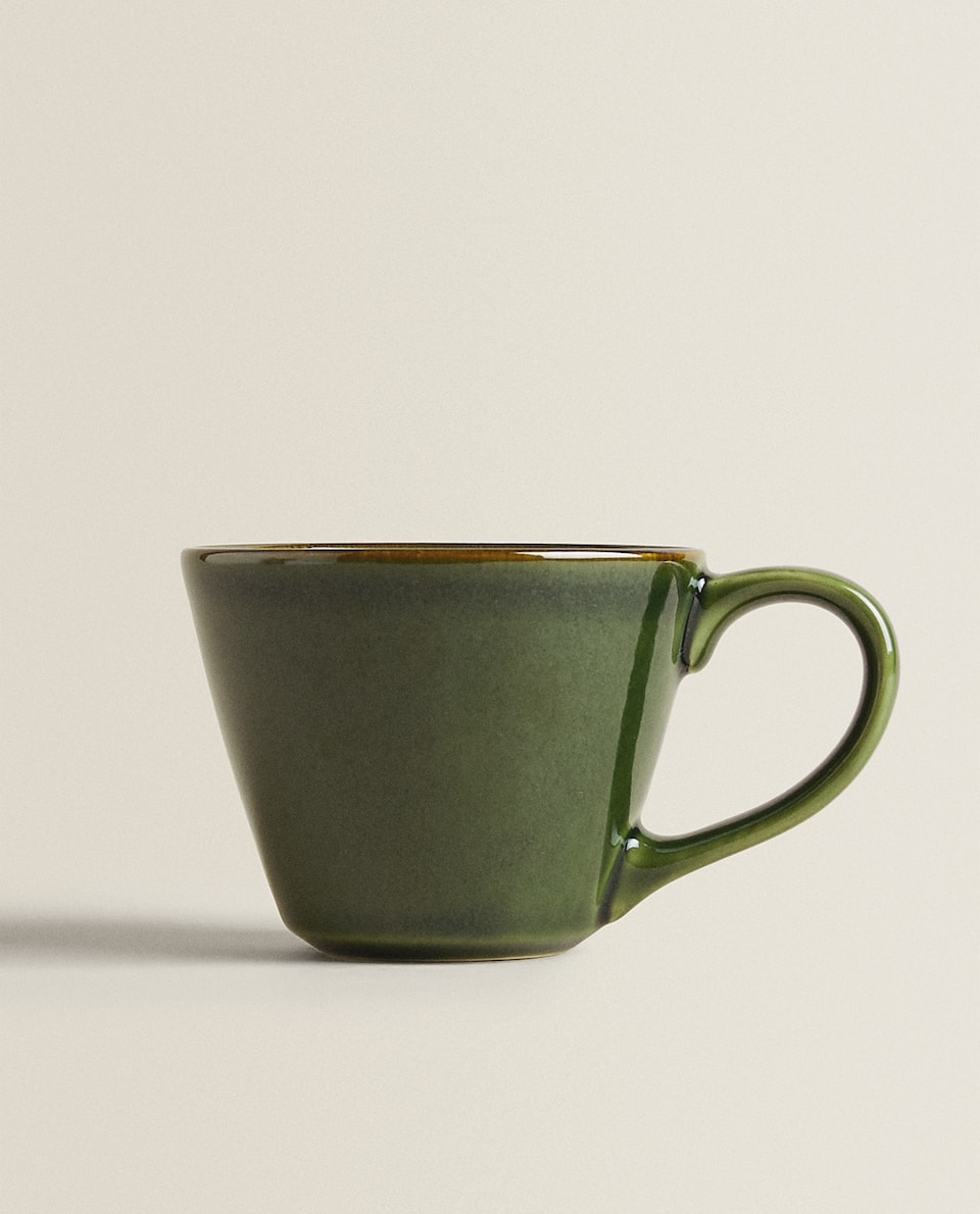 GREEN EARTHENWARE MUG