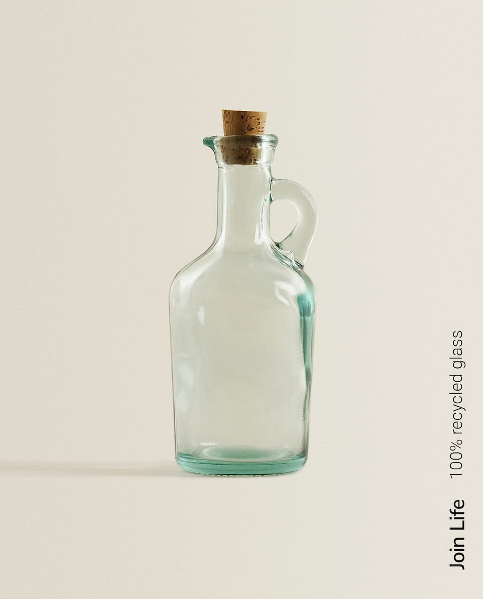 100% RECYCLED GLASS OIL-VINEGAR CRUET
