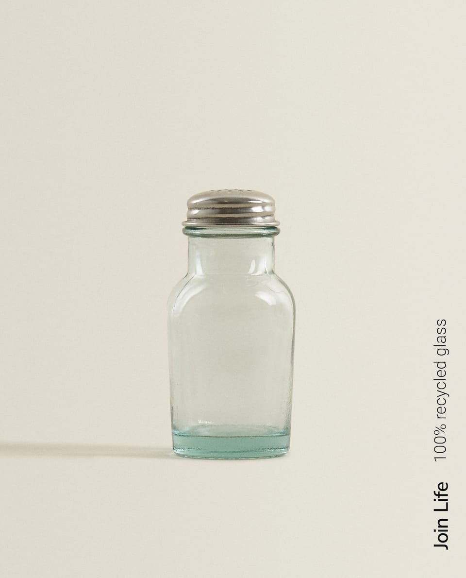 100% RECYCLED GLASS SALT SHAKER