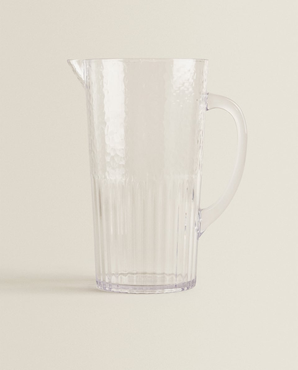 HAMMERED ACRYLIC PITCHER