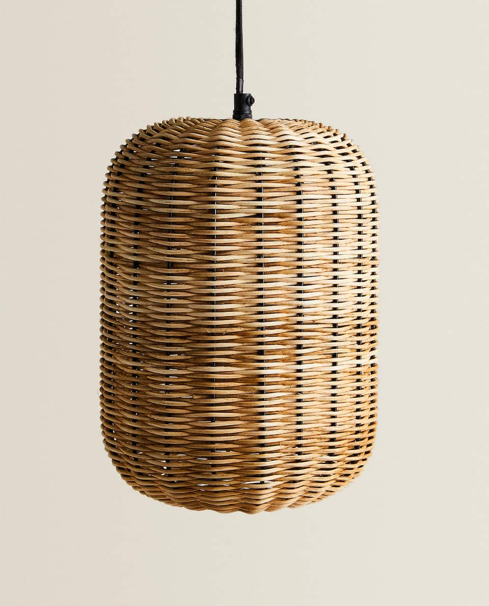 OVAL RATTAN AND METAL CEILING LAMP
