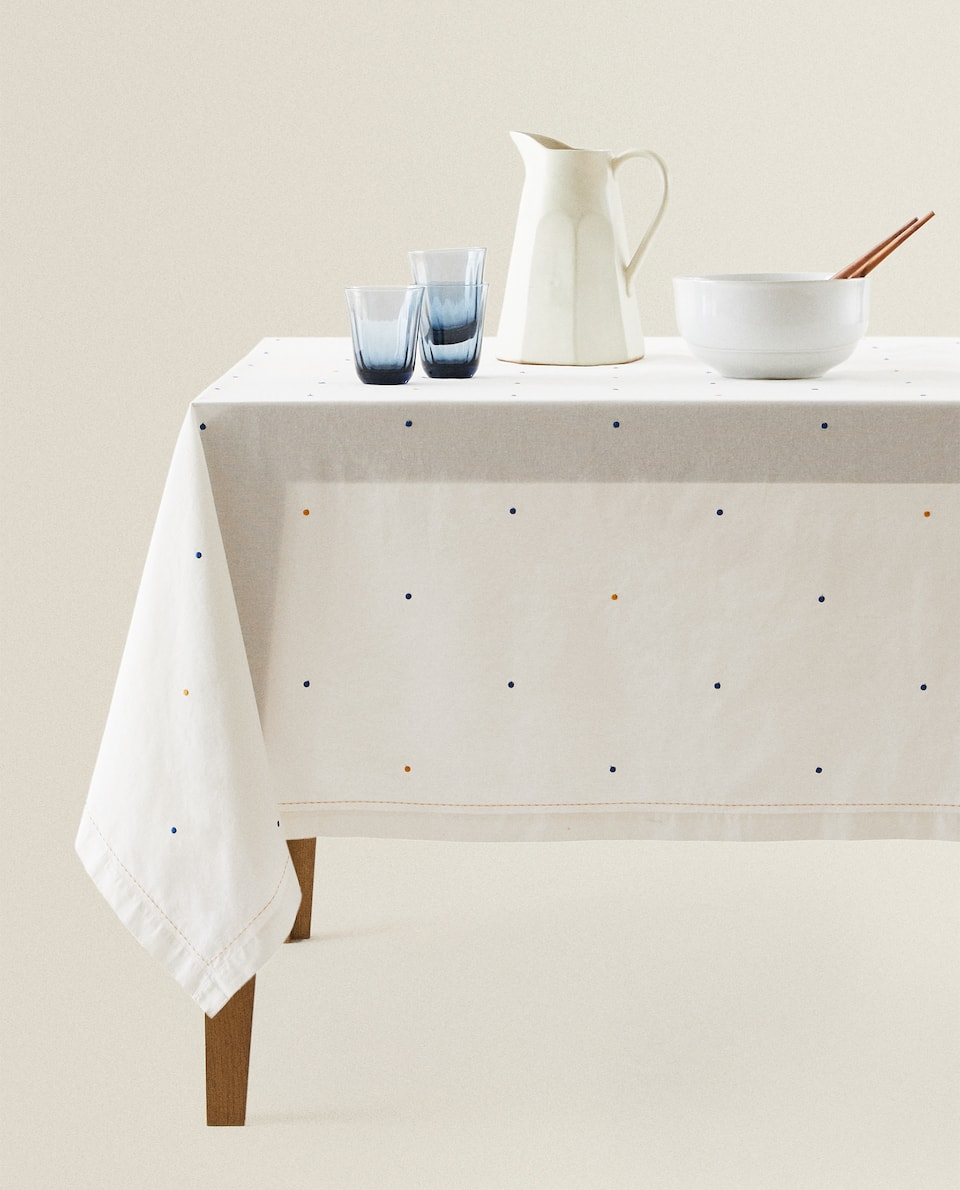 EMBROIDERED POLKA DOT TABLECLOTH