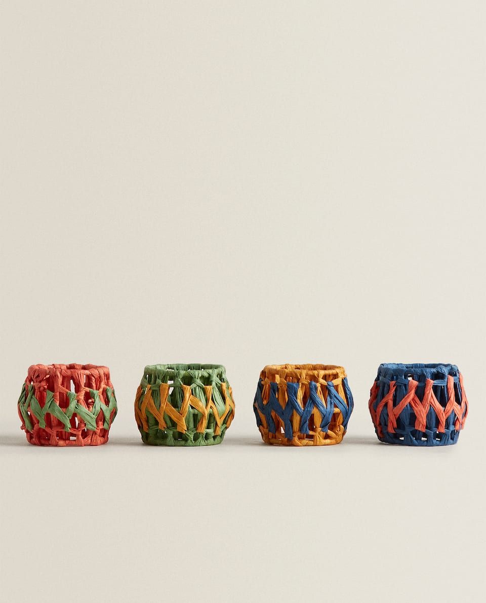 MULTICOLOURED WOVEN NAPKIN RING (PACK OF 4)