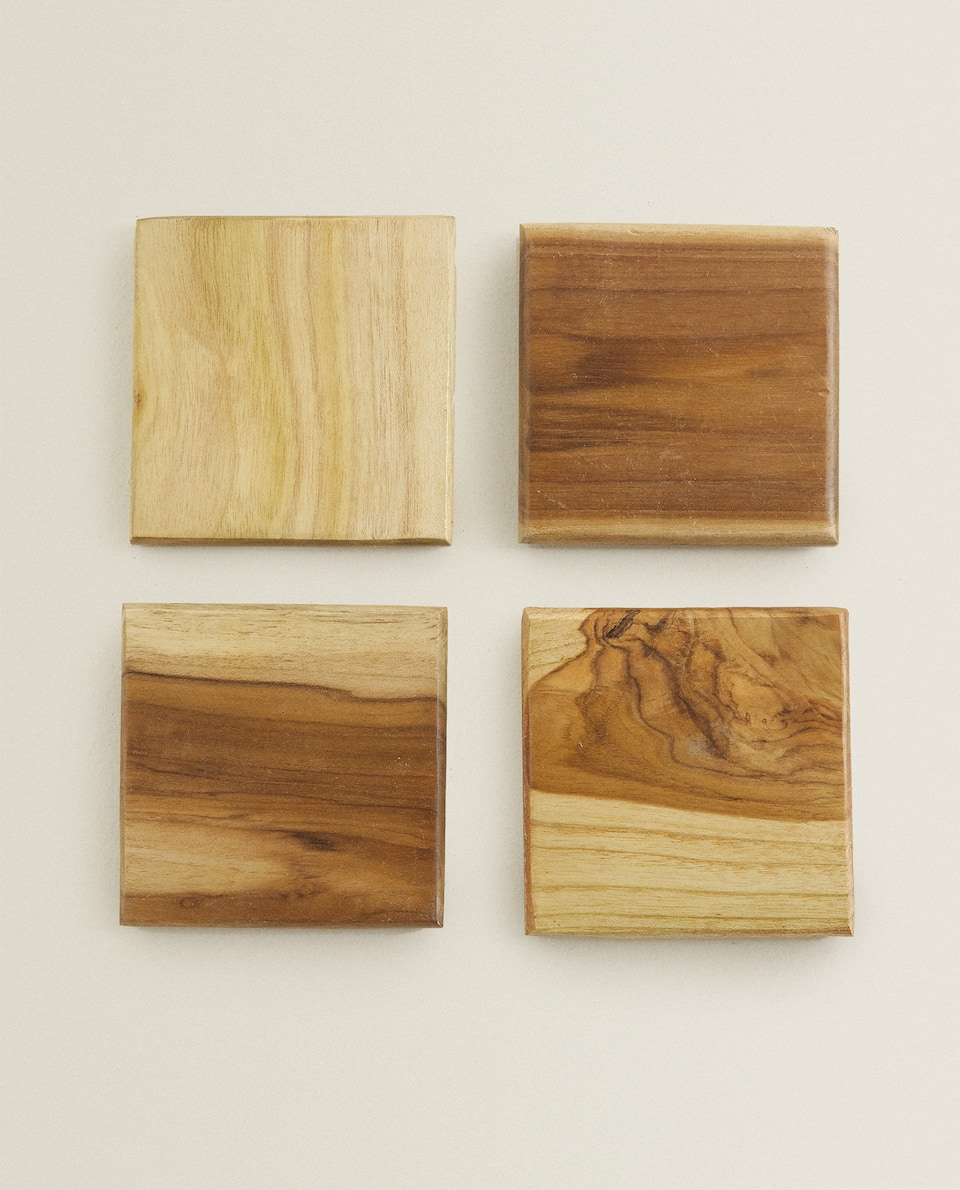 WOODEN COASTER (PACK OF 4)