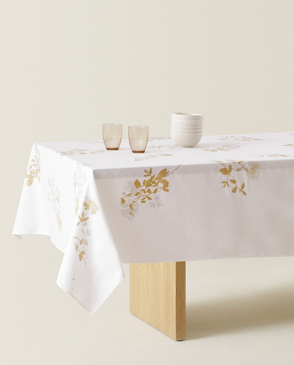 COTTON TABLECLOTH WITH METALLIC FLOWERS