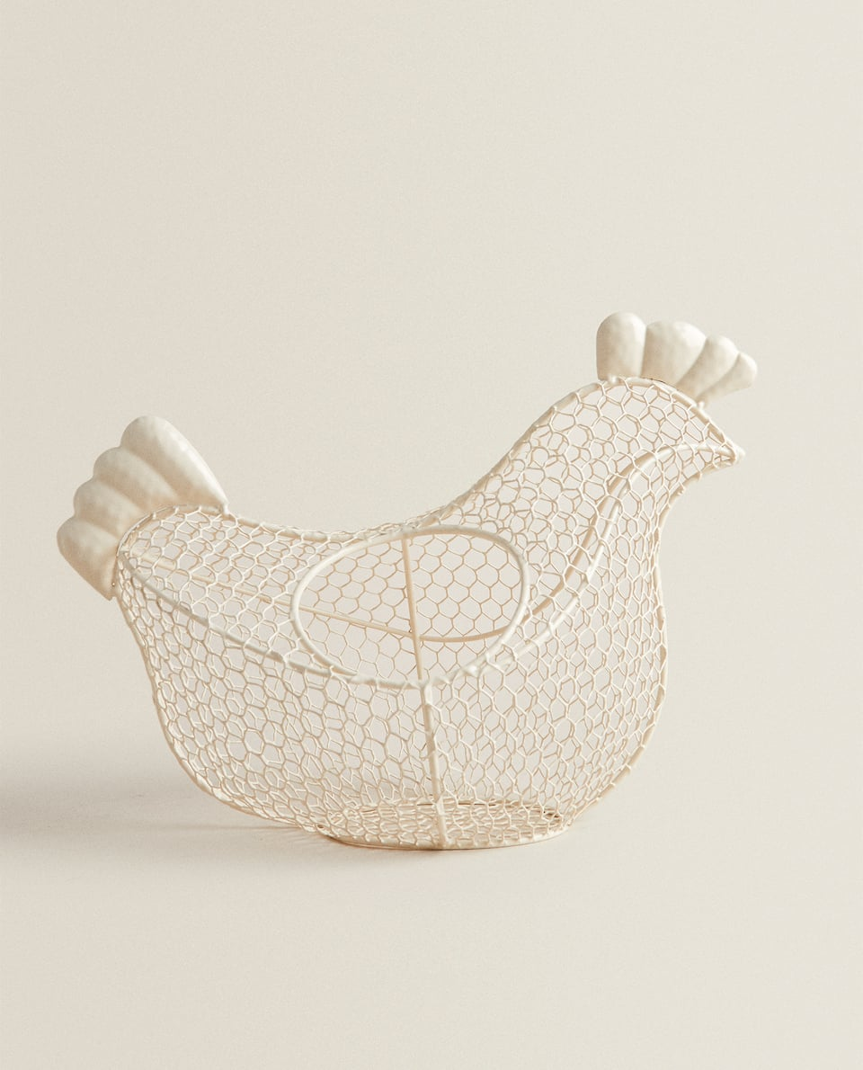 HEN-SHAPED EGG BASKET