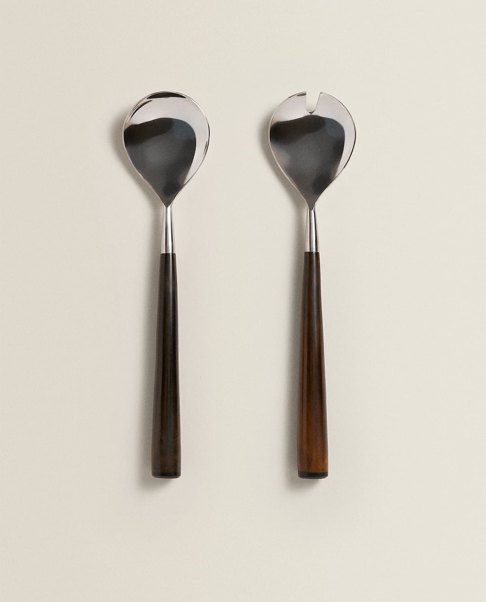 SERVERS WITH BLACK HANDLES (SET OF 2)