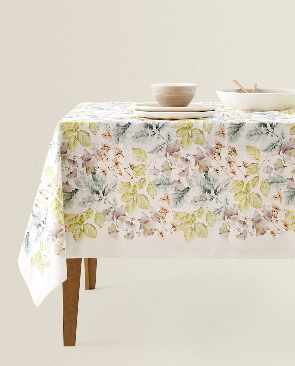 LEAF PRINT TABLECLOTH