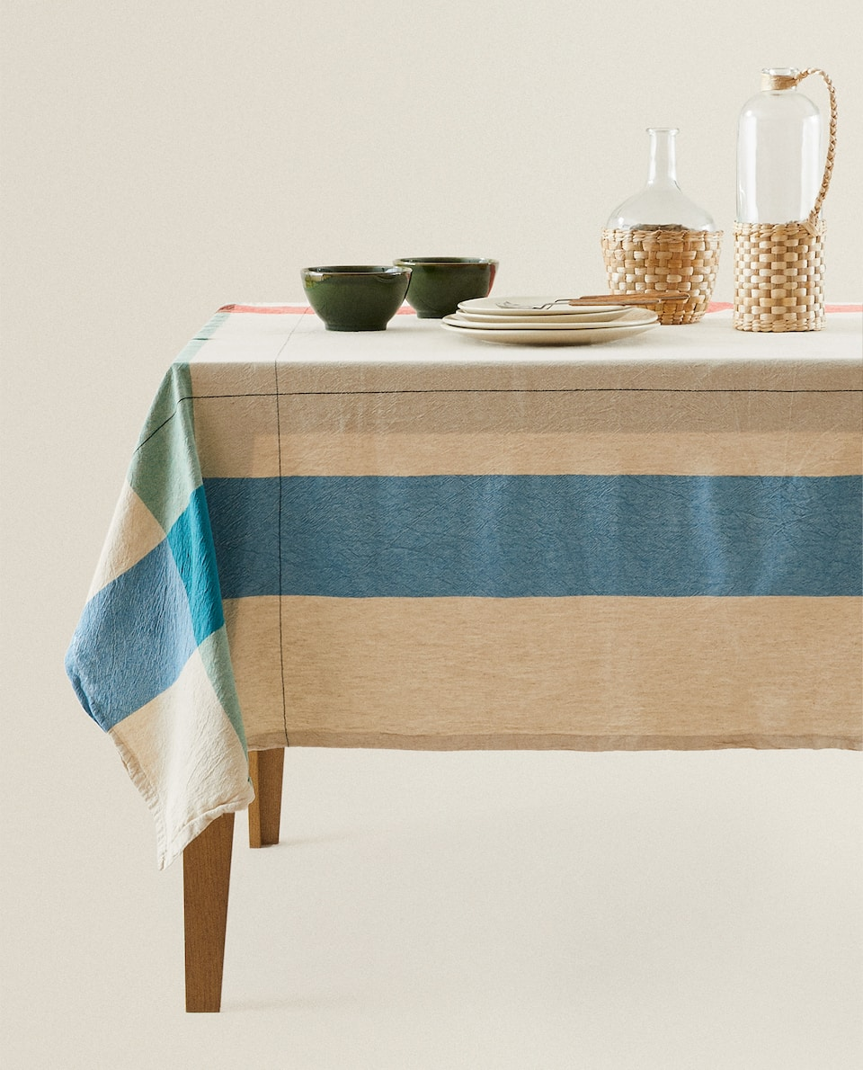 COLOURED WIDE-STRIPE TABLECLOTH