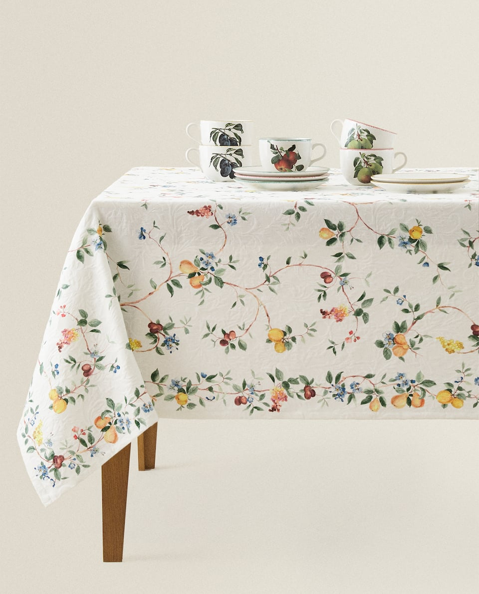 JACQUARD FRUIT TABLECLOTH