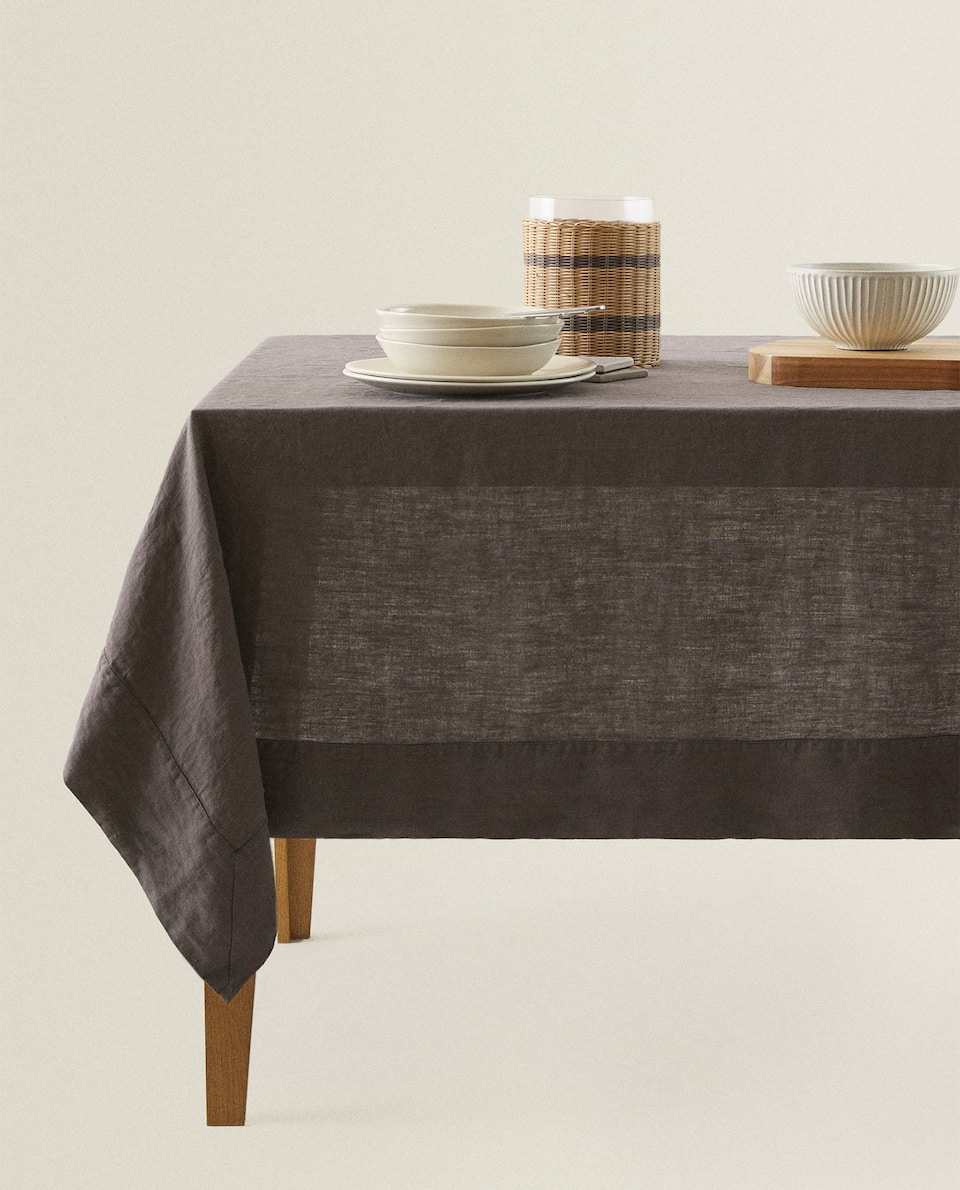 PLAIN LINEN TABLECLOTH